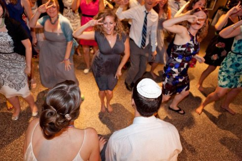 That's my awesome cousin, smack in the middle, leading a flash mob at my wedding.